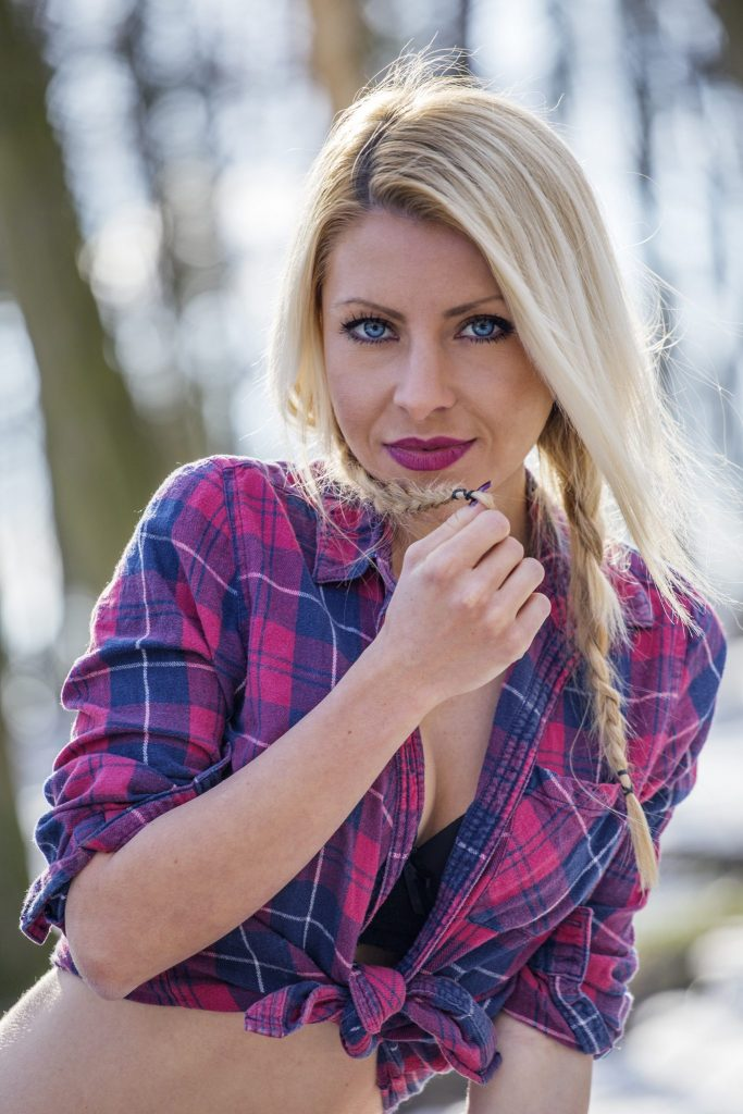 blond girl with blue eyes hoto by z.pucarevic pucko